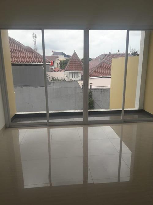 Jual Rumah Town House Harga 6.5 M Nego di Kalibata Jakarta Selatan