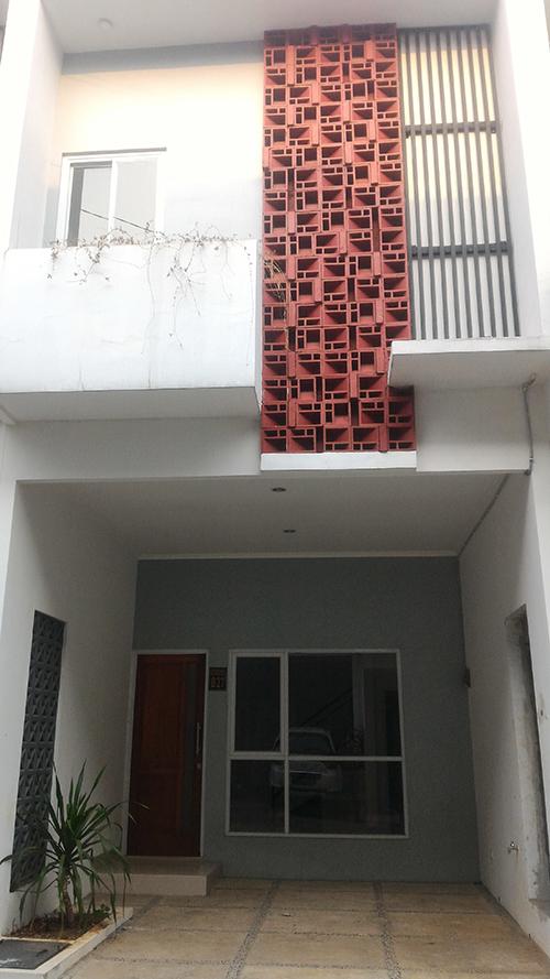 Jual Rumah Town House Palm Village Mulai 800 Jtan di Jakarta Timur